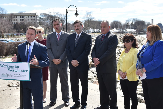 buy popular 13f43 c8763 Westchester County Executive Robert Astorino, flanked by business and  municipal officials, announced his intent to force New York State to  conduct an ...